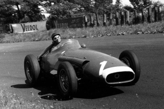 Video Fangio S Beste Formule 1 Race Ooit Op De