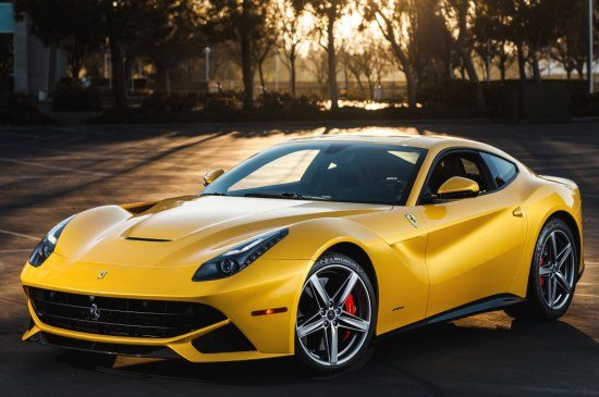 Ferrari F12berlinetta US-spec