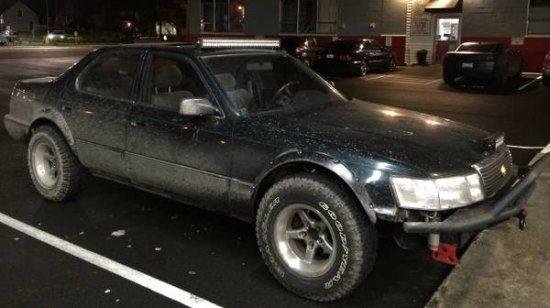 Lexus LS400 Mad Max