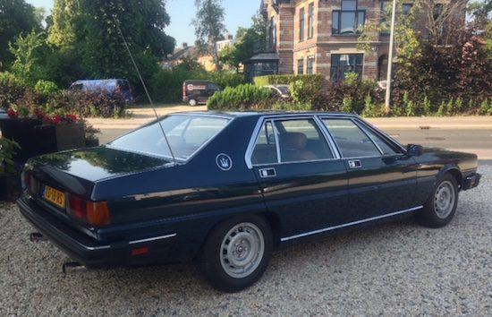 De Maserati van Toon Hermans staat te koop