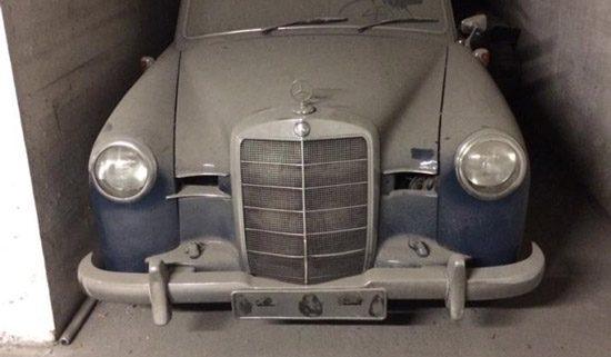Mercedes 190 ponton