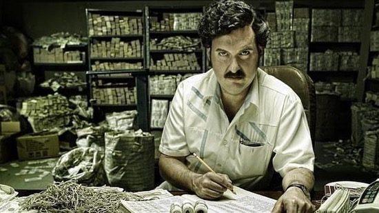 Pablo Escobar telt zijn geld