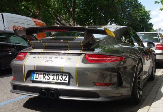Porsche 991 GT3 met streepjes