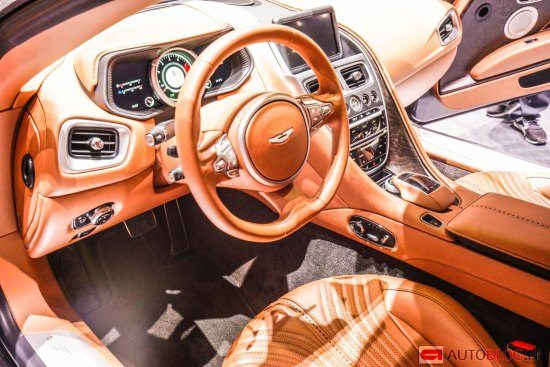 Aston Martin DB11 interieur