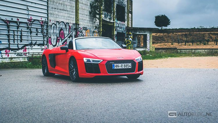 Audi R8 V10 Spyder rijtest en video