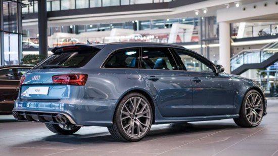 Deze RS6 Performance van Audi Exclusive is Polarblau