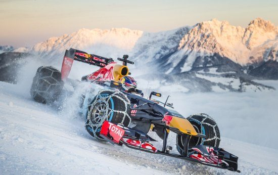 Sneeuwpret kan Max Verstappen 30.000 euro kosten