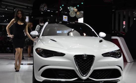 Alfa Giulietta babe