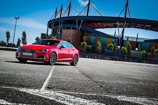 Audi S5 2016 rijtest en video