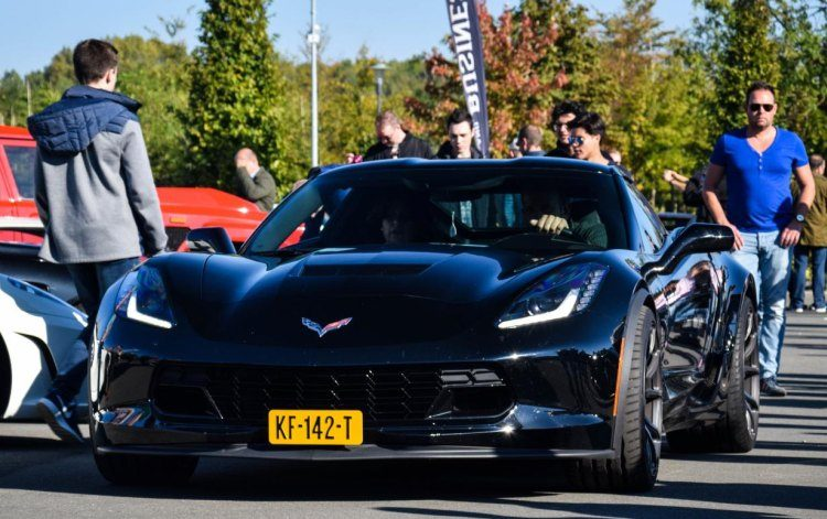 Gespot: de Corvette C7 blijft een beest