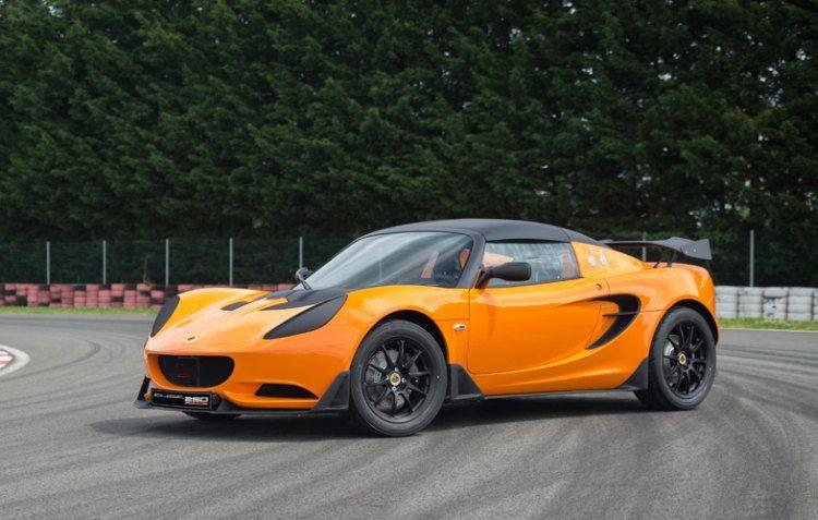De Lotus Elise Race 250 vraagt om straf. Véél straf.