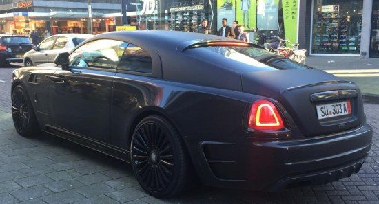Memphis Depay in Mansory Wraith