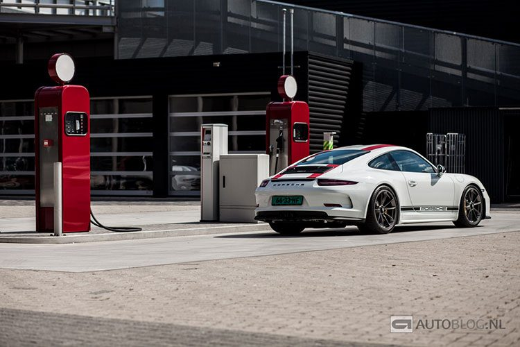 Porsche 911 R rijtest en video
