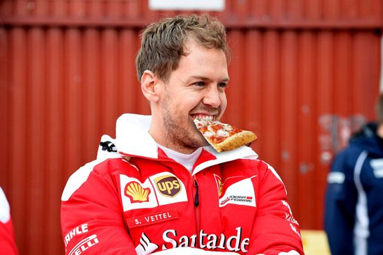 Vettel eet Pizza
