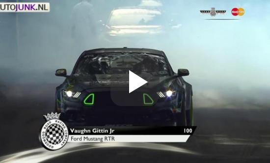 Video: Monster Energy Drift team gaat los op Goodwood