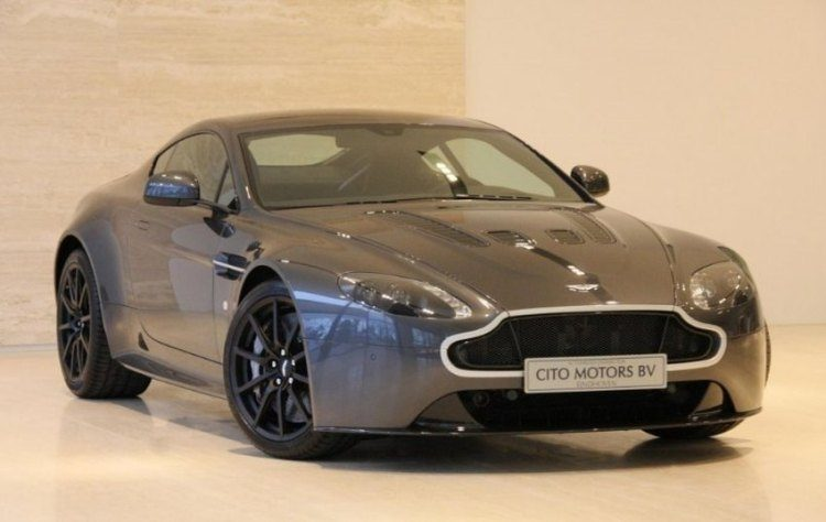 Koop de Aston van Max Verstappen!