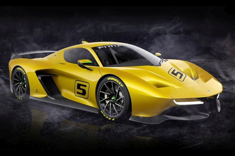 Fittipaldi EF7 is een oldskool supercar met V8