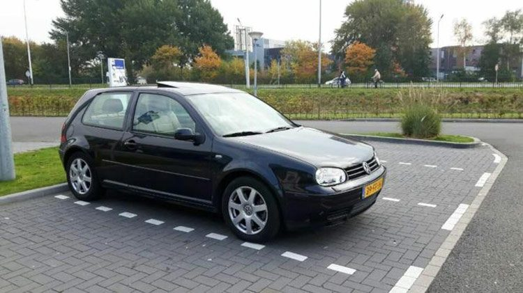 Volkswagen Golf V6