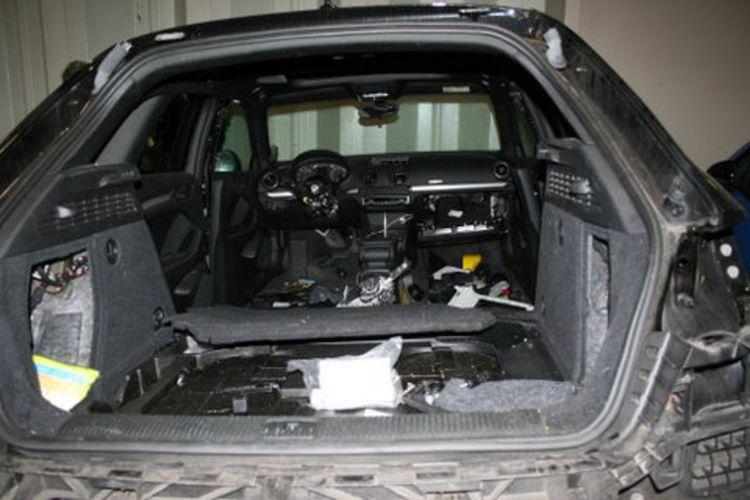 Deze Audi A3 werd volledig gestript in Woerden