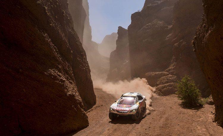 Dakar 2017 peugeot 3008DKR