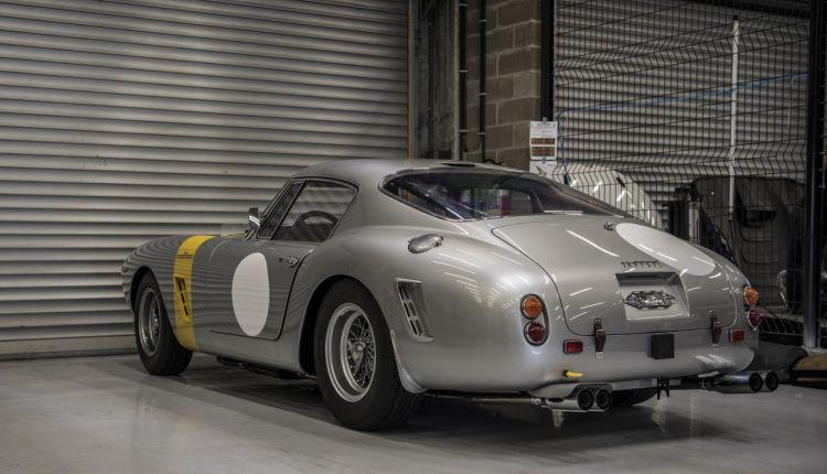 Gespot: Ferrari die 15 miljoen euro waard is
