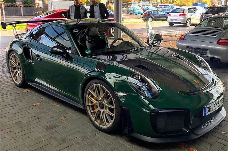 simply stunning de gt2 rs in british racing green. Black Bedroom Furniture Sets. Home Design Ideas
