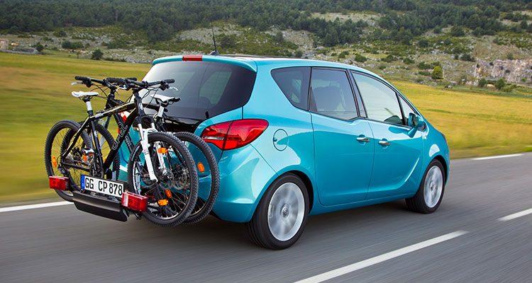 Opel Meriva met fietsen