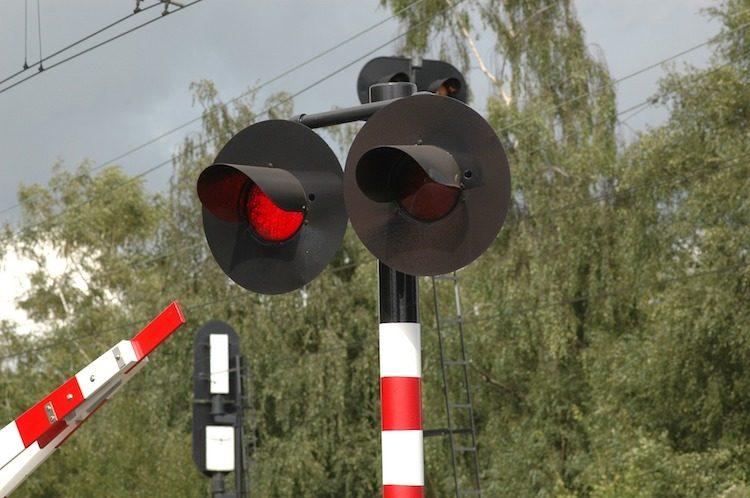ProRail wil gaan flitsen op spoorwegovergangen