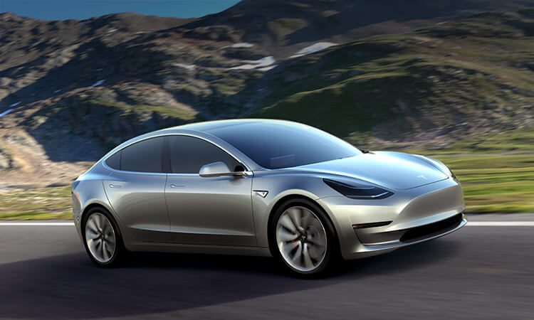Tesla Model 3: Adidas-fitties en productiestarts
