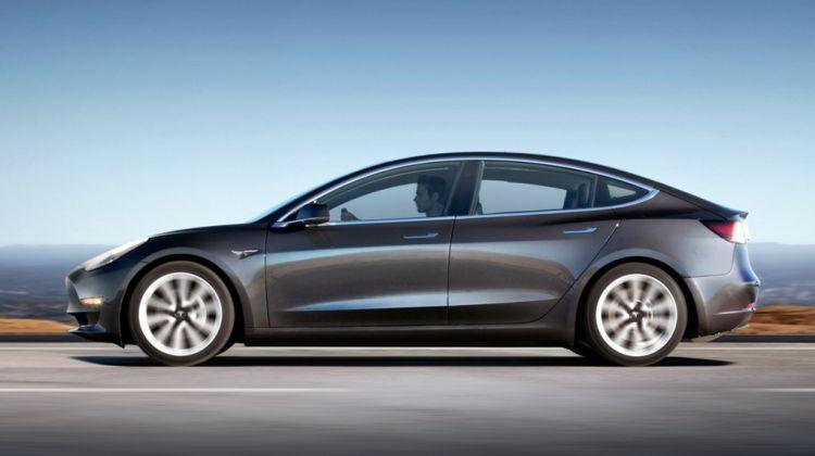 Zo vaak wordt de Model 3 elke dag besteld