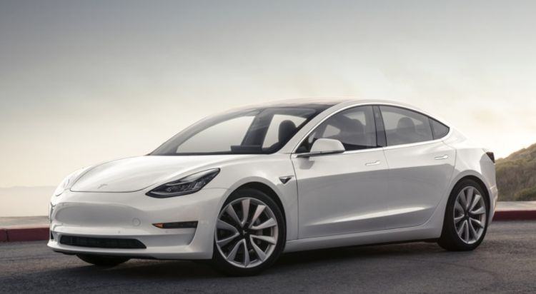 De fittie tussen Tesla en Consumer Reports gaat dóór