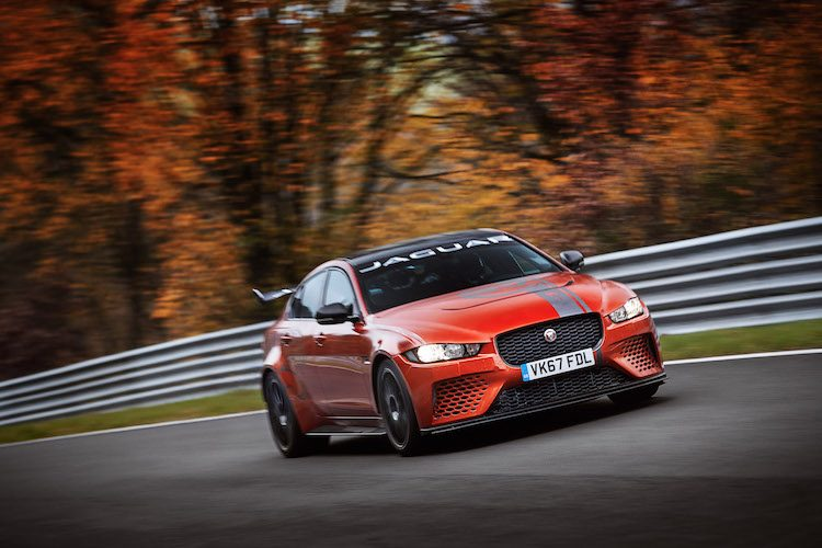 Jaguar pakt 'Ring-record met de XE SV Project 8