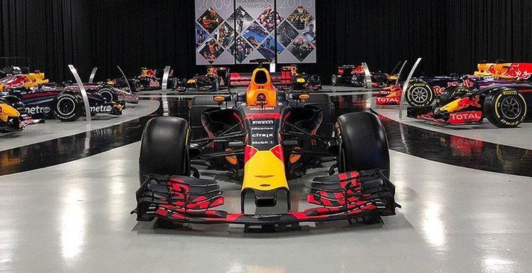 Red Bull F1 auto