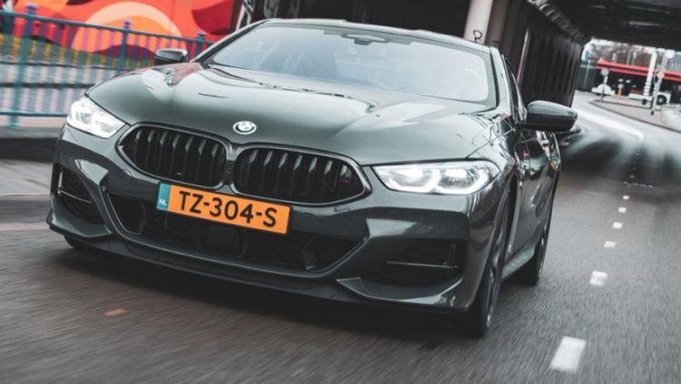 BMW 850i grijs