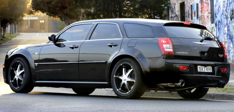 Chrysler 300C SRT-8 E490 Touring