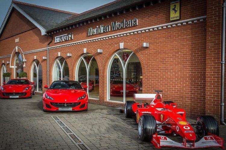 Ferrari schenkt auto van Michael Schumacher aan dealer