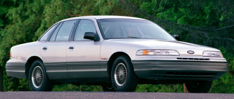 Ford Crown Victoria '91