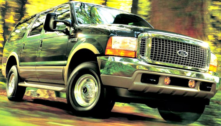 Ford Excursion '02
