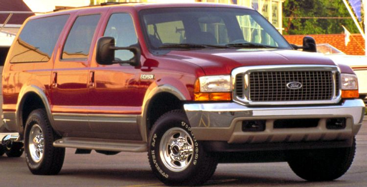 Ford Excursion '00
