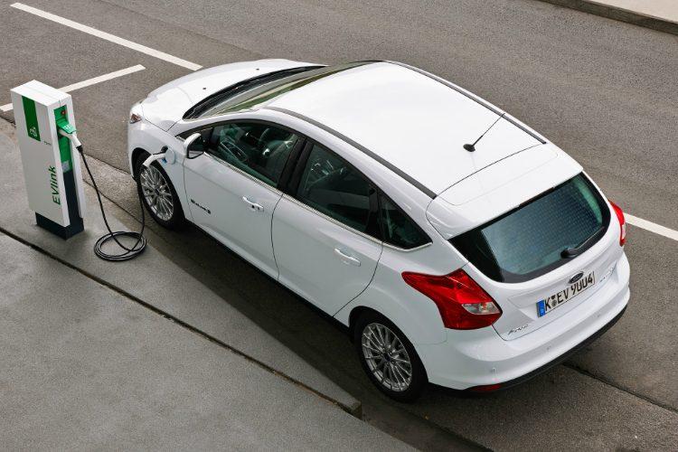 Maandelijkse Kosten Elektrische Auto S Dalen Als Een Baksteen