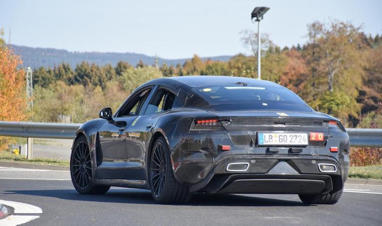 Gespot: Porsche Taycan bijna klaar voor productie
