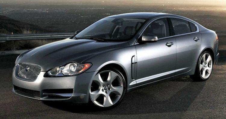 Jaguar XF V8 (X250) '08