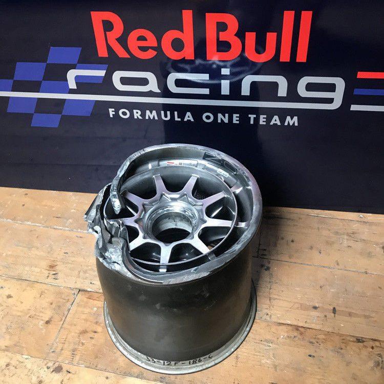 Hebben De Gesneuvelde F1 Velg Van Max Verstappen Autoblognl