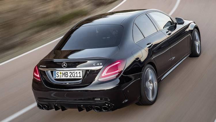 Mercedes-AMG C43 facelift heeft bijna 400 pk
