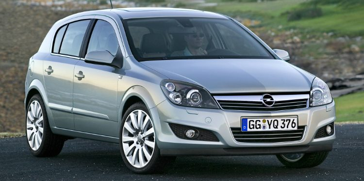 Opel Astra 1.8 Cosmo (H) '09