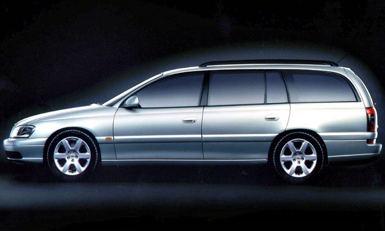 Opel Omega Stationwagon V8 (B)