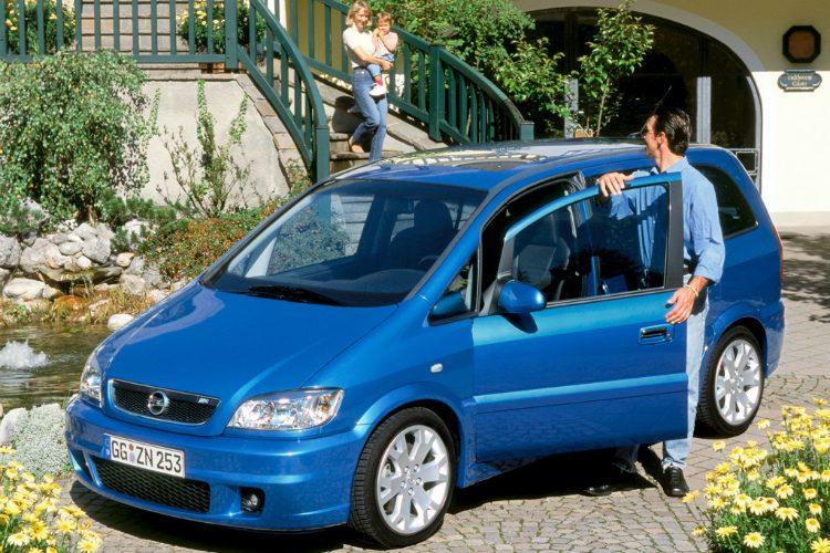 Opel Zafira OPC (A)