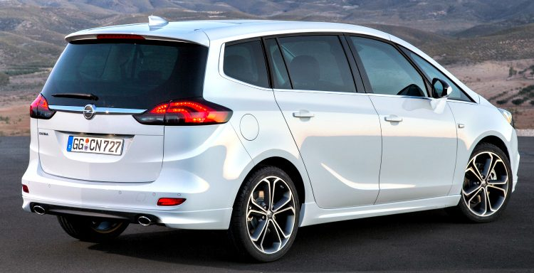 Opel Zafira Sports Tourer (C) '12