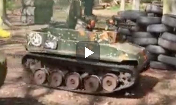 Video: potje paintball vanuit een tank is geniaal