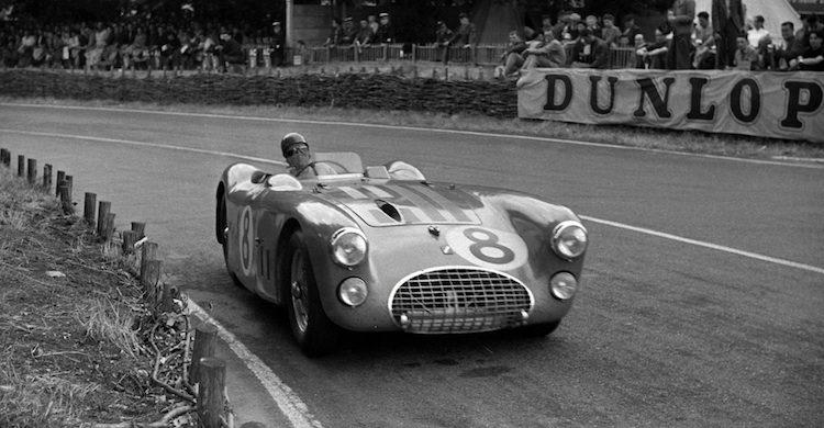 Het verhaal van de coureur die Le Mans (bijna) alleen won